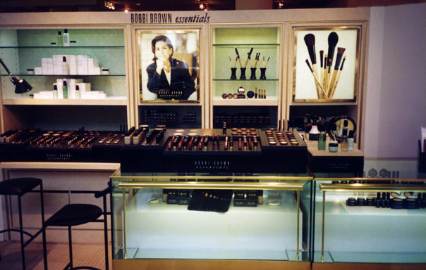 beauty_Bobbi-Brown-counter.jpg